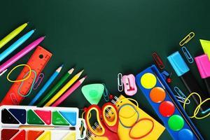 fournitures scolaires, fond avec espace de copie photo