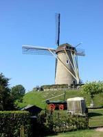 Moulin à vent en Hollande photo