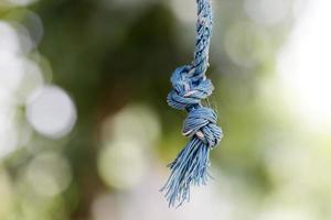 expédier des cordes avec noeud sur fond de nature photo