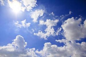 Banque d'images - Ciel bleu et nuages