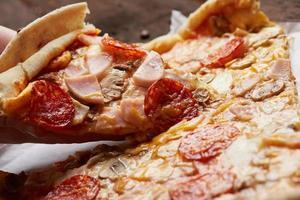 pizza bouchent