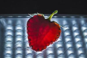 gros plan de coupe aux fraises.