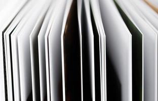 gros plan d'un livre ouvert photo