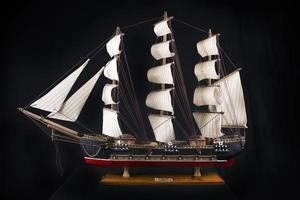modèle de frégate du XVIIIe siècle photo