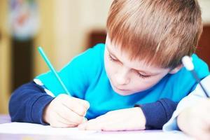 enfant, garçon, étudier, écriture