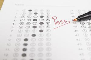 formulaire de test standardisé avec réponses photo