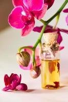 orchidée et huile photo