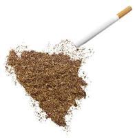 cigarette et tabac en forme de bosnie-herzégovine (série) photo