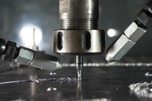 usinage des métaux cnc par moulin