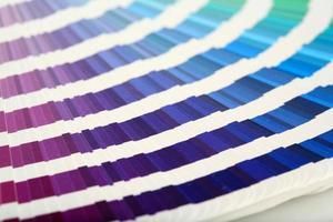 nuancier violet-> vert