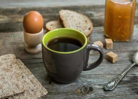 homme d'affaires de petit déjeuner photo