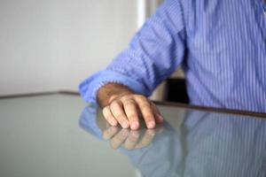 gros plan de la main de l'homme photo
