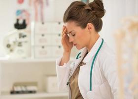 portrait, frustré, docteur médical, femme