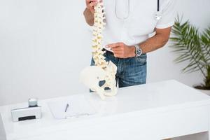 docteur, projection, anatomique, colonne vertébrale photo