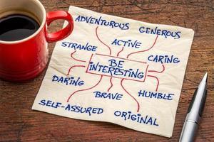 comment être intéressant - caractère positif