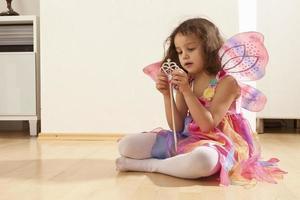 fille avec des ailes de fée photo