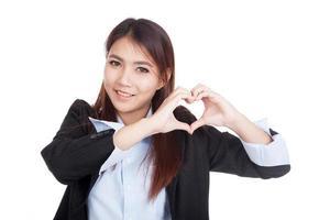 jeune, asiatique, femme affaires, exposition, coeur, main, signe photo