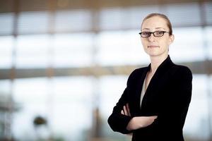 portrait, femme affaires, bureau photo