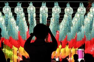 Lanternes en papier au festival yee-peng, chiangmai thailande