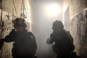 deux marines américains impliqués dans le raid. photo