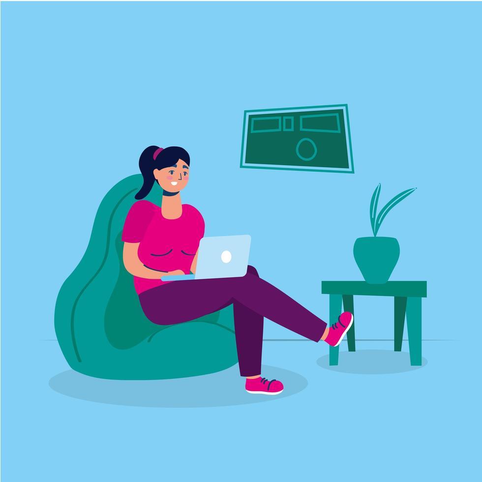 Femme utilisant un ordinateur portable dans un canapé séjour à la campagne vecteur
