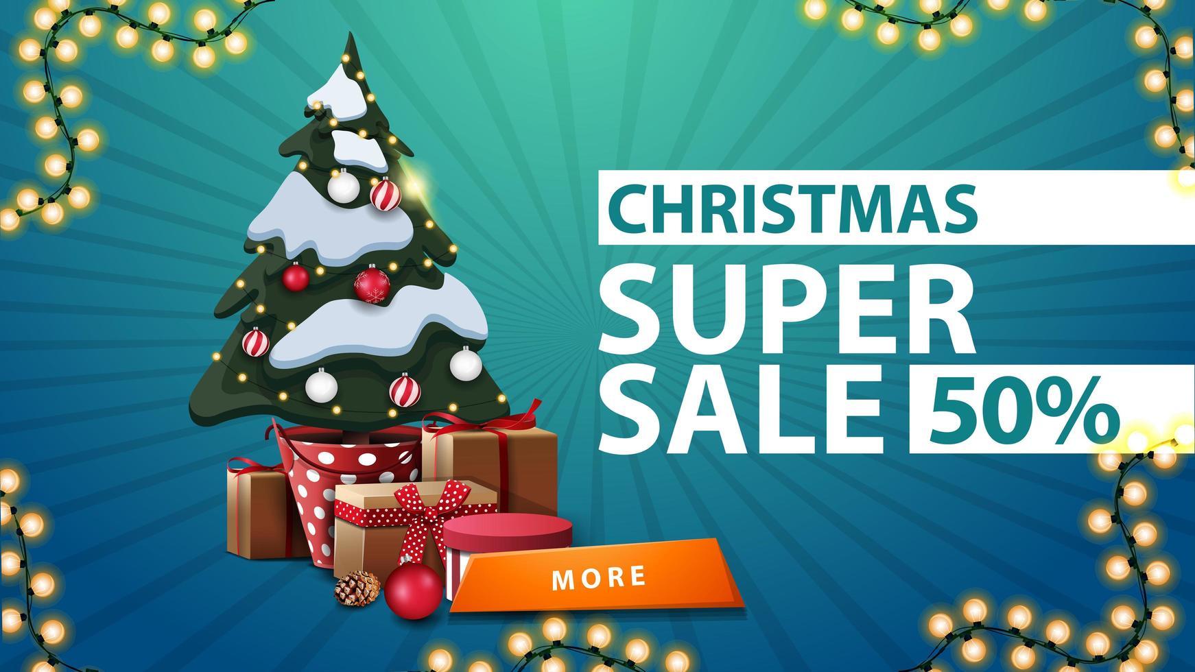 Super vente de Noël, jusqu'à 50 de réduction, bannière de réduction bleue avec arbre de Noël dans un pot avec des cadeaux et bouton orange vecteur
