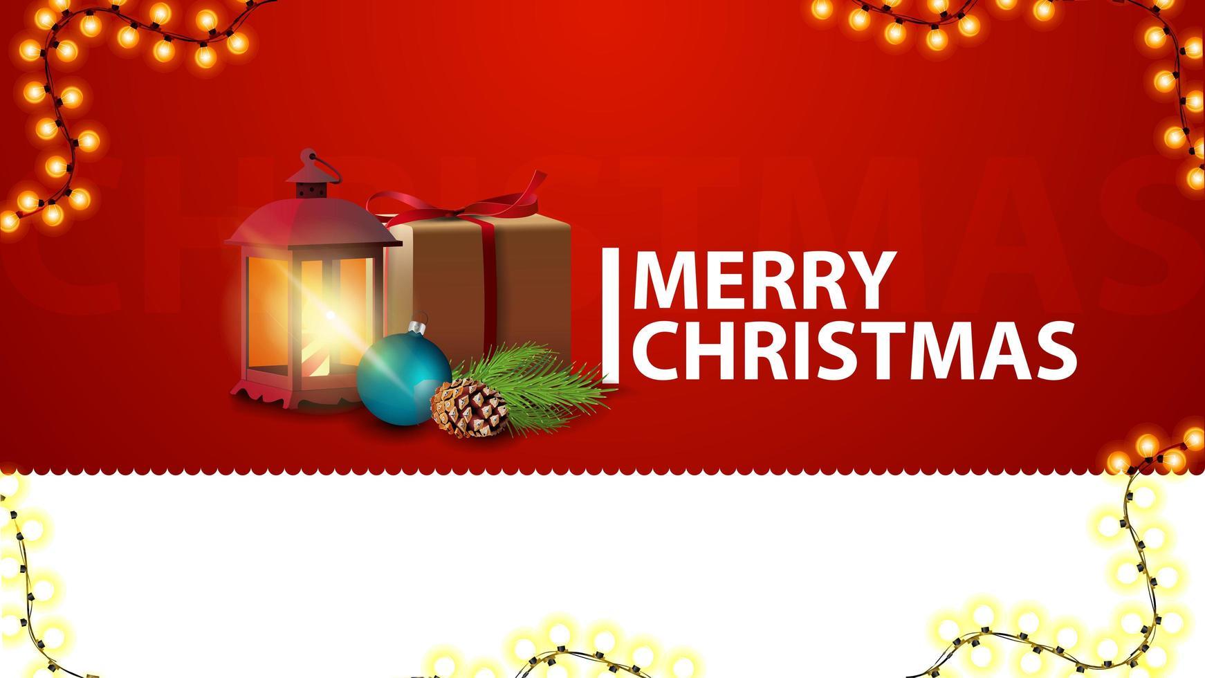Joyeux Noël, bannière de salutations rouges horizontales pour site Web avec cadeau, lanterne vintage, branche d'arbre de Noël avec un cône et une boule de Noël vecteur