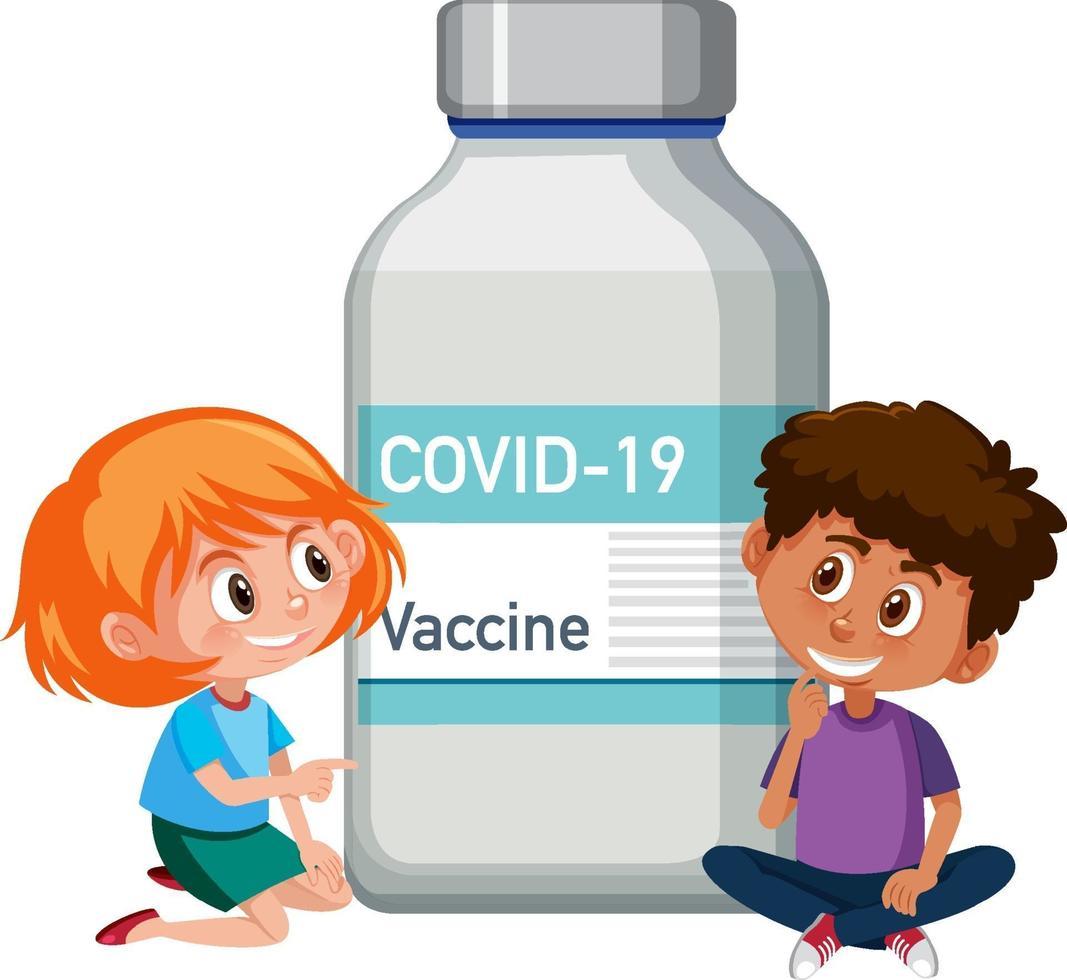 personnage de dessin animé d & # 39; enfants assis avec une bouteille de vaccin covid-19 vecteur