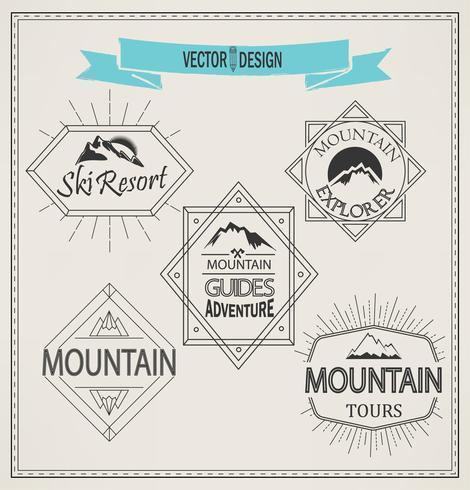 montagne et emblèmes vecteur