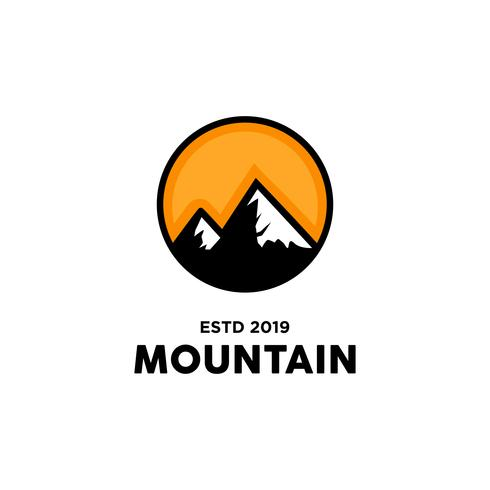 Inspiration de conception de logo de montagne vecteur