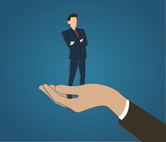 Homme d'affaires prospère debout avec les bras croisés dans une grande main vecteur