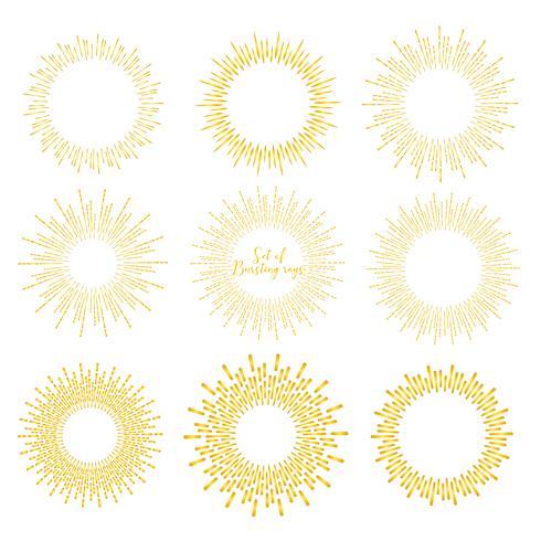 Ensemble de style sunburst doré isolé sur fond blanc, illustration vectorielle de rayons de rupture. vecteur