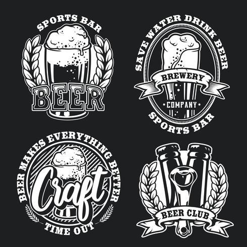 Définir l'illustration de la bière sur fond sombre vecteur