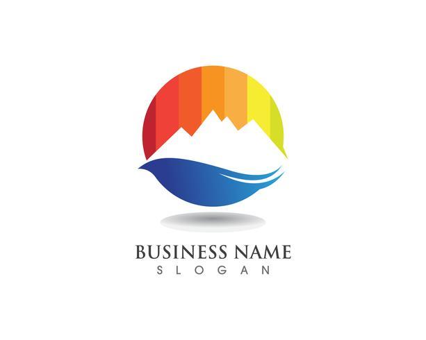 Logo et symboles de montagne vecteur
