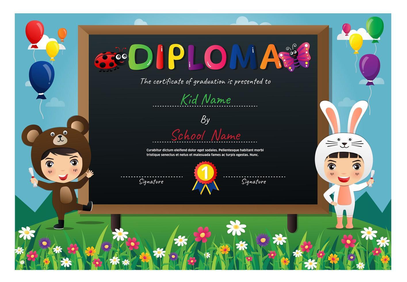enfants colorés portant un diplôme de costumes d'animaux vecteur