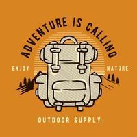 sac à dos sur orange avec l'aventure appelle le texte vecteur