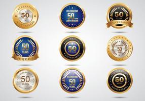 Étiquettes d'or Aniversario gratuites vecteur