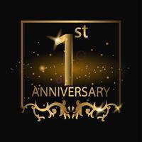 Emblème de luxe doré 1er anniversaire sur fond noir vecteur