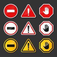 panneaux d'avertissement rouges, noirs, jaunes vecteur