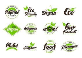 collection d'étiquettes et de logos naturels et écologiques vecteur
