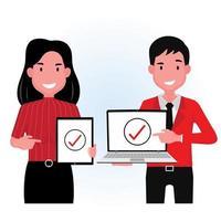 homme et femme tenant ordinateur portable et tablette vecteur