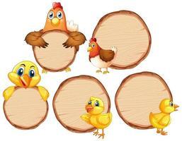 Panneaux en bois vierges avec des poulets sur blanc vecteur