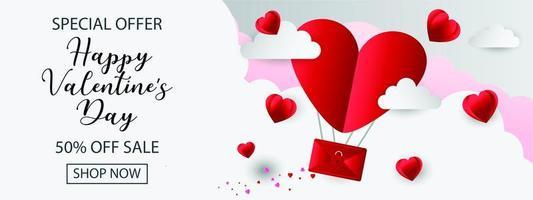 bannière de l'offre spéciale de la Saint-Valentin avec enveloppe coeur dans les nuages