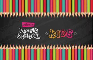 tableau noir de retour à l'école avec des crayons de couleur vecteur