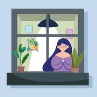 femme regardant la fenêtre avec façade du bâtiment