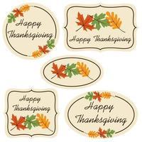 étiquettes de joyeux thanksgiving avec des feuilles