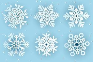flocons de neige décoratifs en papier découpé