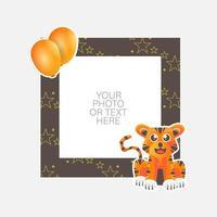 cadre photo avec tigre de dessin animé et ballons