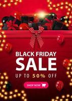 bannière de vendredi noir avec gros tas de cadeaux