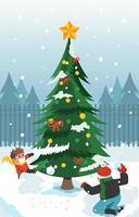 bataille de neige amusante à côté d'un énorme arbre de Noël